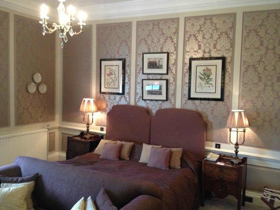 Ston Easton Park Hotel: Pink room