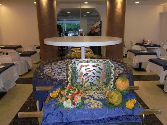 Hotel Lido : super buffet