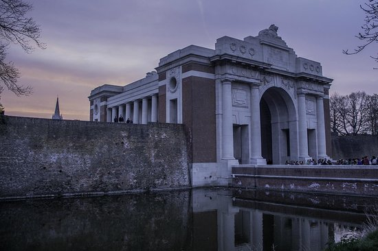 Last Post ceremony : The Menning gate