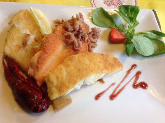 "Greetsiel, ألمانيا: Wunderbar gegessen im ""Moin Moin"""