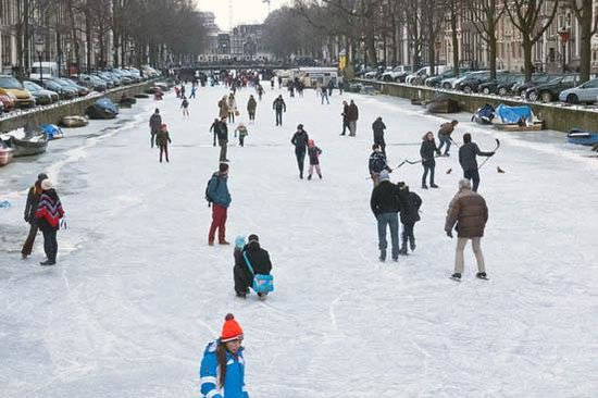 Emperor's Canal (Keizersgracht): skating