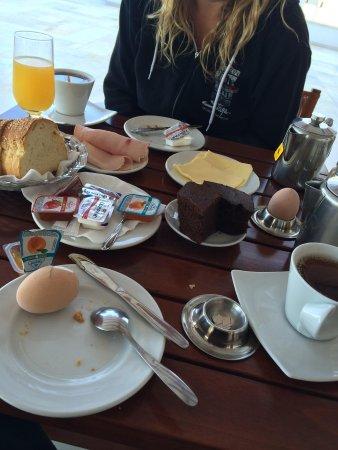 Irene Hotel and Studios: Breakfast