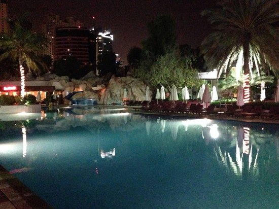 Habtoor Grand Resort, Autograph Collection, A Marriott Luxury & Lifestyle Hotel : Pool