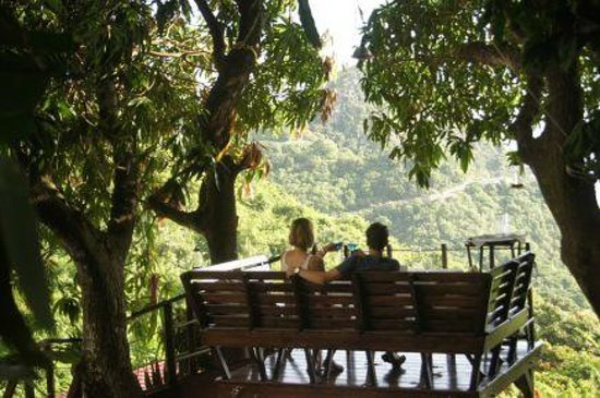 "Queen's Gardens Resort & Spa : The ""Tree House"" at Queens Garden Resort, Saba"