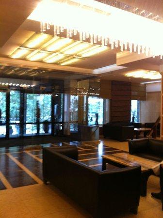 Kempinski Hotel Khan Palace: l'entrée