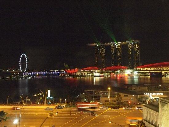 The Fullerton Hotel Singapore: 677号室からの眺望!