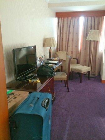 BEST WESTERN Park Hotel Xiamen: 電視桌椅