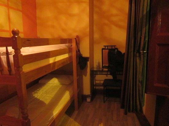 The Holyhead Hostel: Nosso quarto