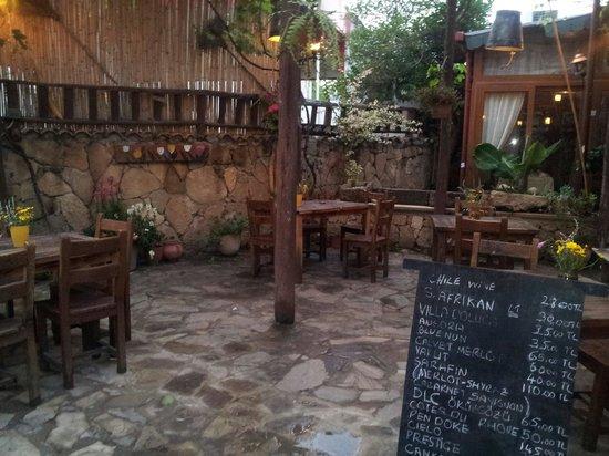 Old Grapevine Restaurant: The menu