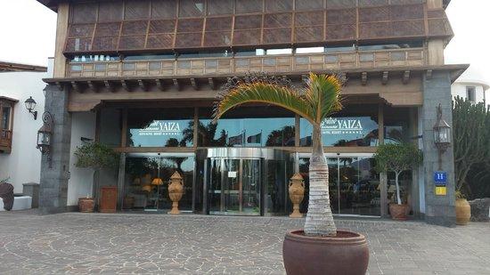 Princesa Yaiza Suite Hotel Resort: entrada