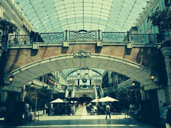 Mercato Shopping Mall: Mercato Mall