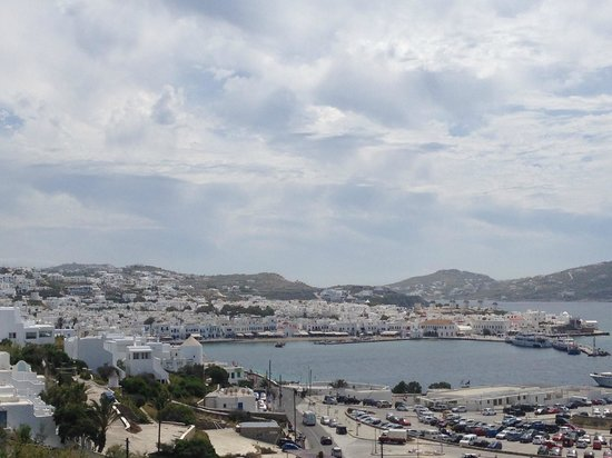 Omiros Hotel : View of Mykonos Town