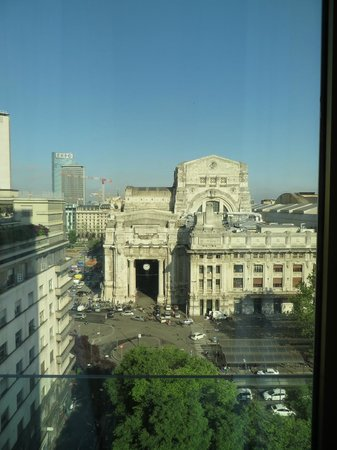 Michelangelo Hotel: Centrale station from side window, room 1005
