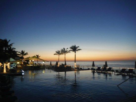 Cozumel Palace: Sunset view