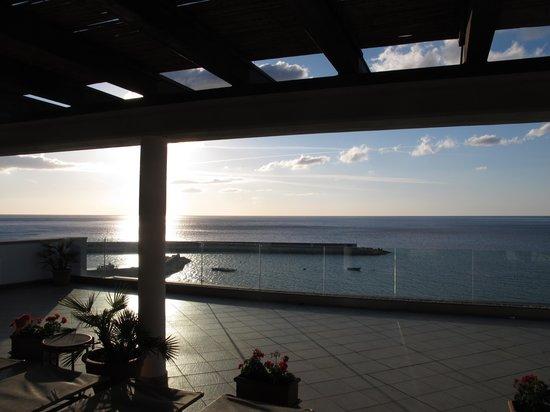 Hotel Cala Luna : Lever de soleil du toit solarium photo 2 sur 3