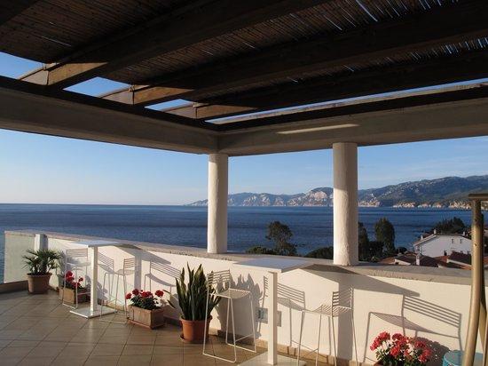 Hotel Cala Luna : Lever de soleil du toit solarium photo 3 sur 3
