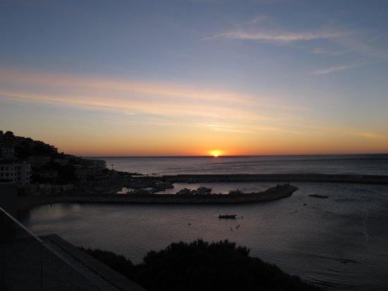 Hotel Cala Luna: Re Lever de soleil du toit terrasse