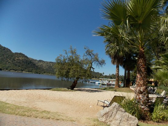 Cabanas, Sun City: Lake View from the ground
