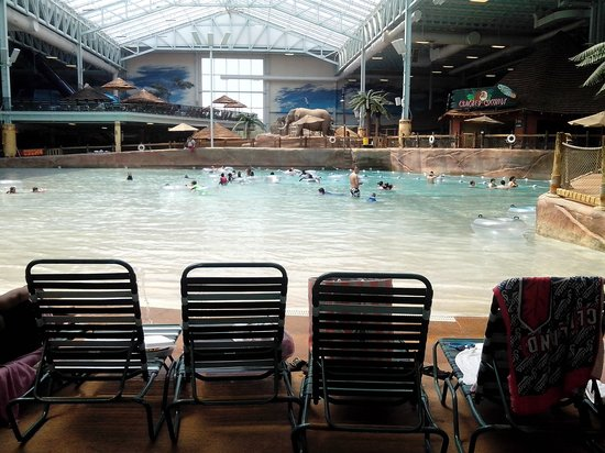 Kalahari Resorts & Conventions: The Wave Pool