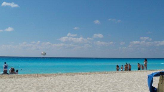 ME Cancun: Mar