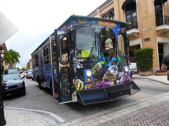 Downtown West Palm Beach : Ônibus de graça para rodar a cidade