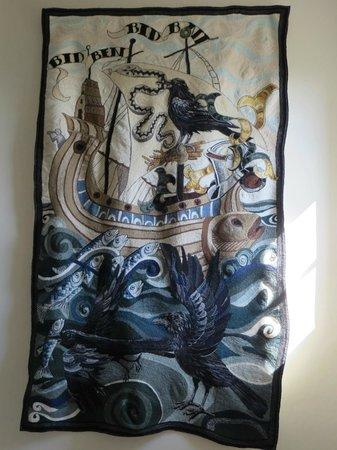 Roch Castle Hotel: Artwork