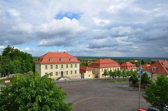 Schlosshotel Grosser Gasthof Van Der Valk Ballenstedt: Blick aus dem Zimmer