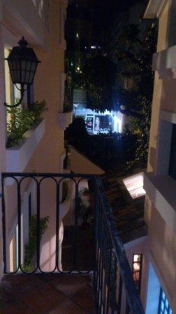Vista de um das sacadas internas do Hotel Vieja Cuba