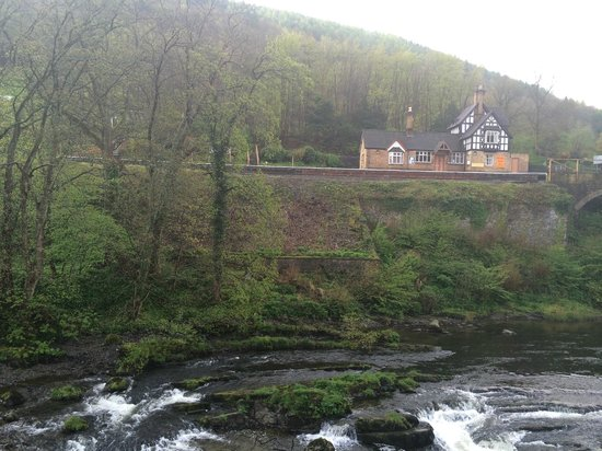 Chainbridge Hotel: View from the dining room