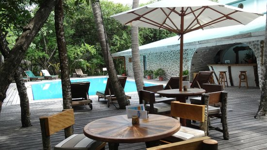 Reethi Beach Resort: la piscine