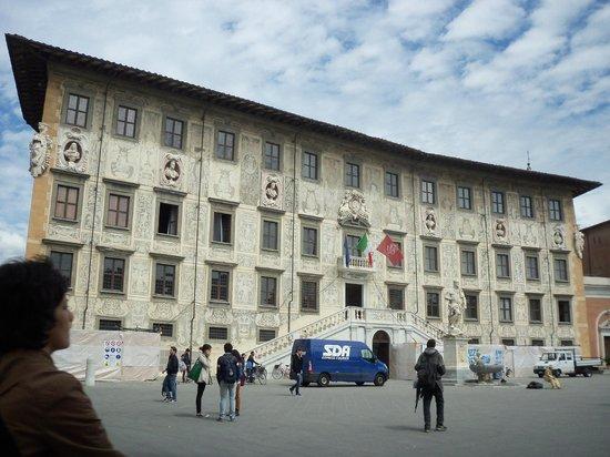 Piazza dei Cavalieri : Palazzo della Carovana