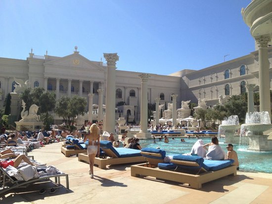 Caesars Palace : View from a day chair