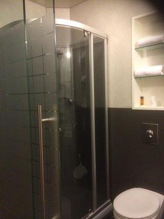 Hotel Vik Arctic Comfort : salle de bain