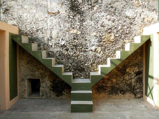 Hotel Hacienda San Francisco Tzacalha : Stairs