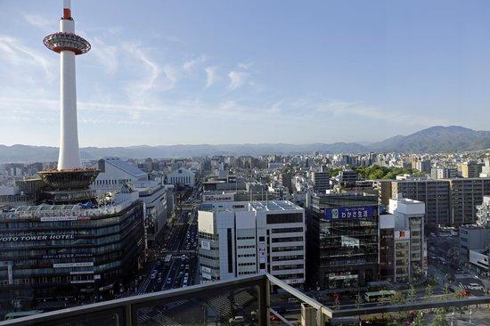 Hotel Granvia Kyoto : 部屋から見た京都市内