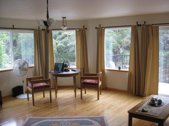 Yosemite Blue Butterfly Inn: Room