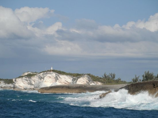 Grotto Bay Bahamas: north Long Island