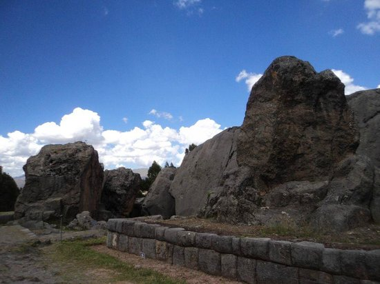 Q'enqo: A pedra que projeta a sombra do puma