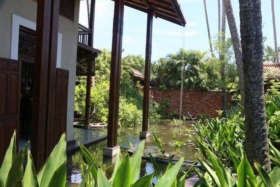 Reef Villa & Spa : Garden view