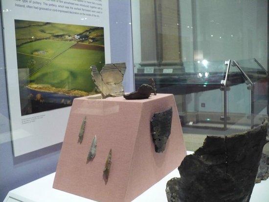 Museo Nacional de Arqueología de Irlanda: Vaso trovato all'Hill of Tara