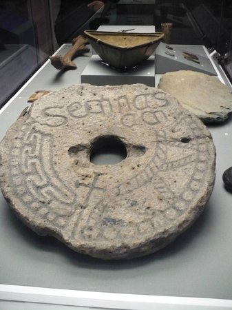Museo Nacional de Arqueología de Irlanda: reperti