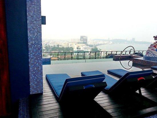 Siam@Siam Design Hotel Pattaya: Бассеин 1