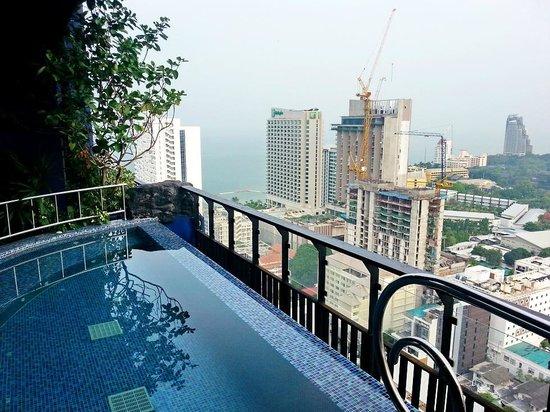Siam@Siam Design Hotel Pattaya: Бассеин 2