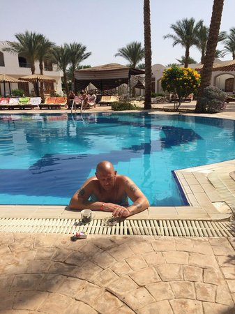 Coral Hills Sharm El-Sheikh : Morning dip before breakfast