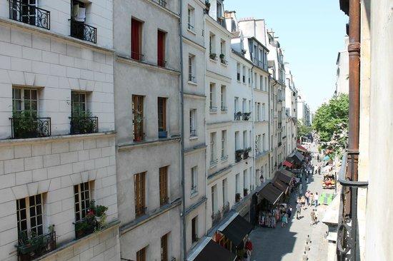 Hotel St Merry : Вид с балкона 3-го этажа