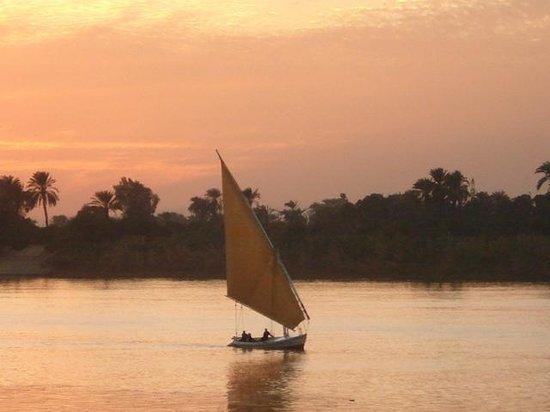 Maritim Jolie Ville Kings Island Luxor: Sunset over the NIle