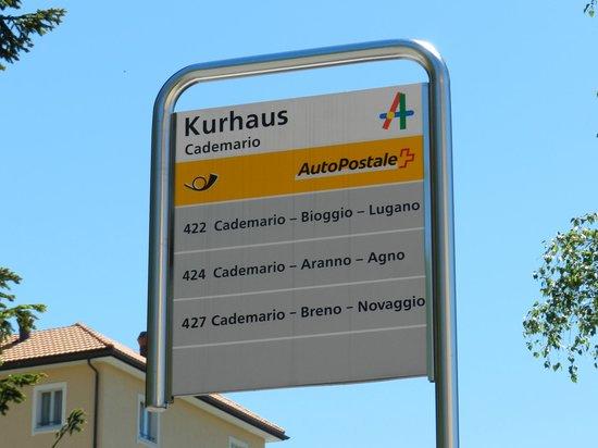 Kurhaus Cademario Hotel & Spa: Bushaltestelle Kurhaus