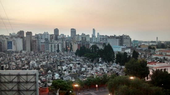 Ayres de Recoleta Plaza: Vista do quarto 2