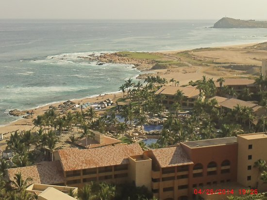 Grand Fiesta Americana Los Cabos All Inclusive Golf & Spa: View from first room assigned - too far from beach & pool