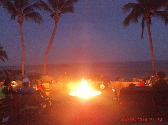 Grand Fiesta Americana Los Cabos All Inclusive Golf & Spa: Evening Fire Pit Entertainment